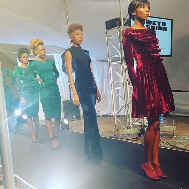 Kicking off the night was Artistic Gusto – a fashion house based in Pretoria. Their collection consisted of ready to wear shift dresses, velvet jumpsuits, little black dresses and leather skirts.