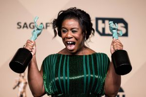 #SAGsoBlack Uzo Aduba and Idris Elba win big at the SAGs