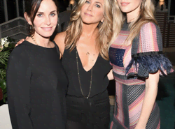 We're Happy To Inform You That Courtney Cox And Jennifer Aniston Are Still Mates