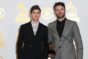 the chainsmokers' 'closer' breaks record for most weeks in hot 100 top 5