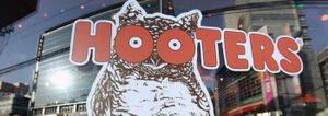 hooters losing business because millennials don't like cleavage