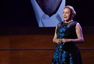 lili fini zanuck will direct 'eric clapton: a life in 12 bars'