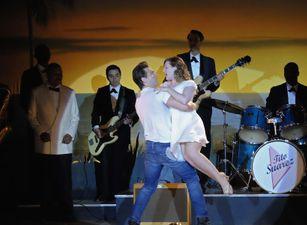 ¡Llega el baile más 'dirty' del verano: Dirty Dancing, la mini-serie!