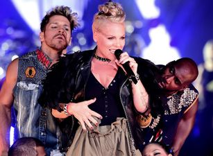 "LA ESTRELLA DEL POP MUNDIAL P!NK RECIBIRÁ EL PREMIO ""MICHAEL JACKSON VIDEO VANGUARD"" EN LOS ""MTV VIDEO MUSIC AWARDS 2017"""