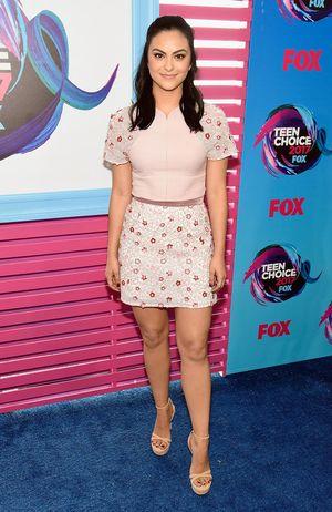 Los mejores y peores looks de los 'Teen Choice Awards' 2017