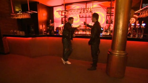 16. Dos miembros de Geordie haciendo una aparición para semejante audiencia/MTV