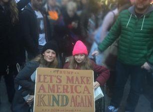 """Estas son las famosas que asistieron a """"La Marcha de las Mujeres"""" en Washington"""