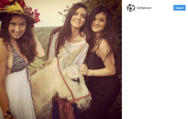 1. Baby Kylie y Kendall.