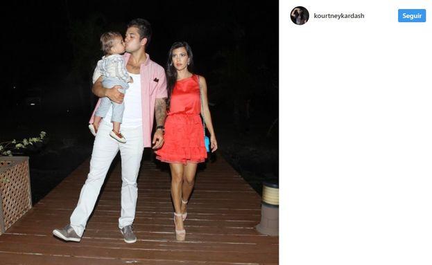 2. Por supuesto, el drama-lío familiar no tardó en llegar. El ex de Blac, Tyga, con quien tienen un hijo,  estaba saliendo con una de las hermanas Kardashian. Además, Blac era muy amiga de Kim.