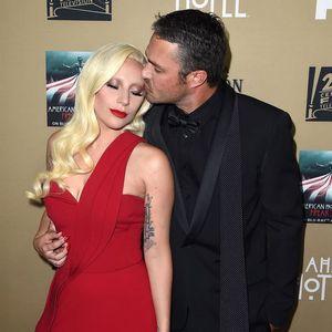 Lady Gaga et Taylor Kinney : 20 photos qui retracent leur love story !