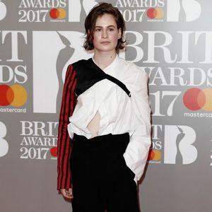 Brit Awards 2017 : Les plus beaux looks du red carpet !