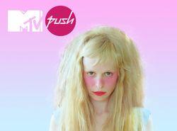 MTV PUSH présente Petite Meller