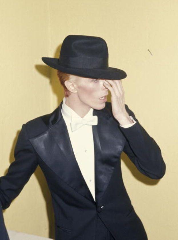 David Bowie - Mai fatto mistero della sua sessualità: ha rivelato di essere bisessuale nel 1976.