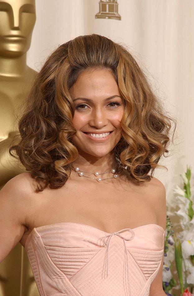 Agli Oscar del 2002 Jennifer Lopez si è presentata così...