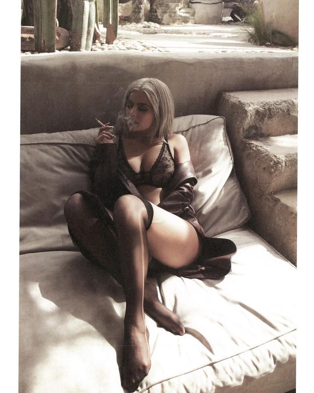 7. Kylie Jenner – 80,6 milioni di follower. Merito delle foto bollenti in lingerie?