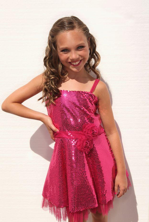 Ed eccola invece nel 2012: aveva 10 anni e già ballava come una star!