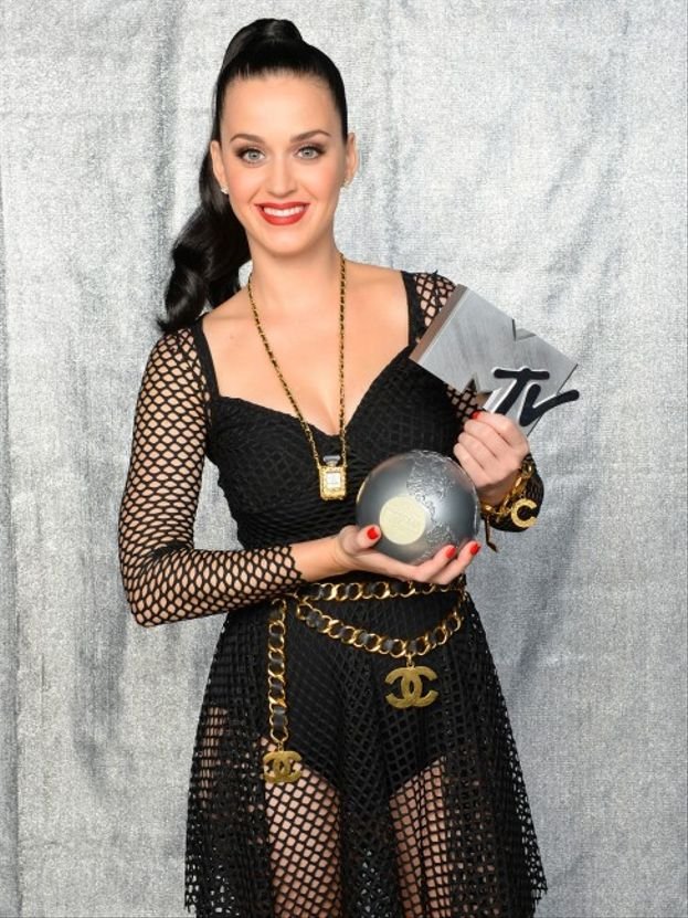 """Katy Perry: 2. Best Video (""""Bon Appétit""""), Biggest Fan"""