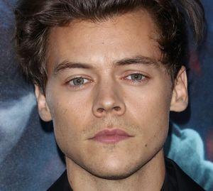 Gli occhi di Harry Styles: 20 foto a cui non puoi resistere