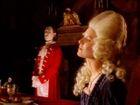 Cara Valentina: Max Gazze Video - MTV