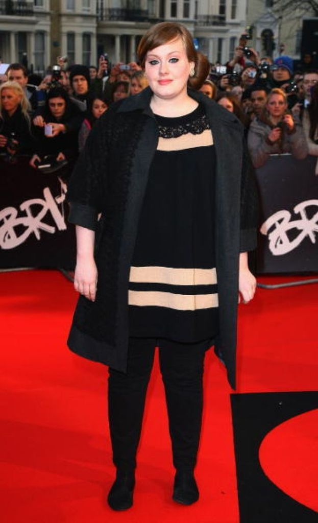 Ti ricordi com'era Adele all'inizio della sua carriera? Qui siamo nel 2008...