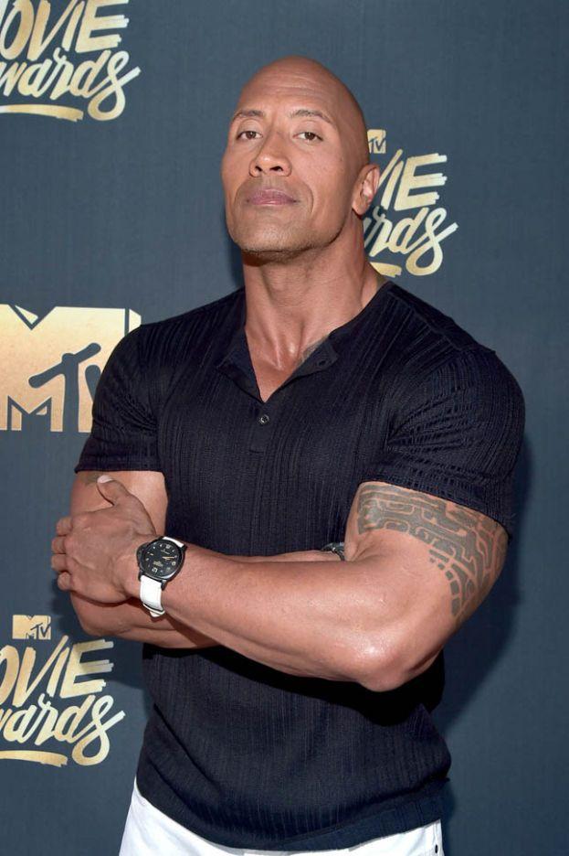 """Da un'intervista di Dwayne 'The Rock' Johnson a Fox News: """"Ho sempre creduto agli ufo""""."""