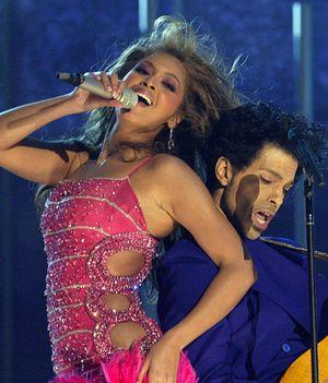 Grammy Awards: le prime esibizioni delle popstar