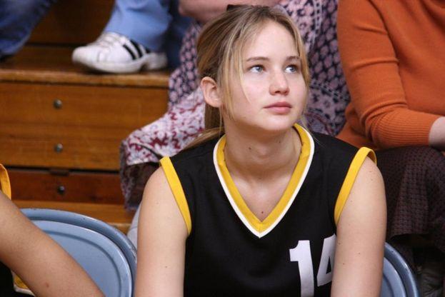 """Jennifer Lawrence - Dopo qualche comparsata in tv, si accorgono tutti insieme di lei e nel 2008 debutta al cinema con ben tre film, fra cui """"The Poker House"""". Ha solo 18 anni, ma è già lampante che questa qui farà parecchia strada ;)"""