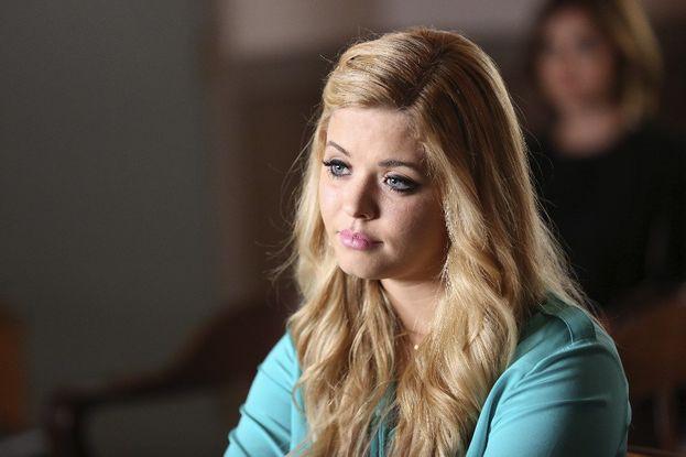 """Sasha Pieterse in """"Pretty Little Liars"""" - Ha fatto il provino per la parte di Hanna, pure lei. Invece le hanno dato la parte di Alison."""
