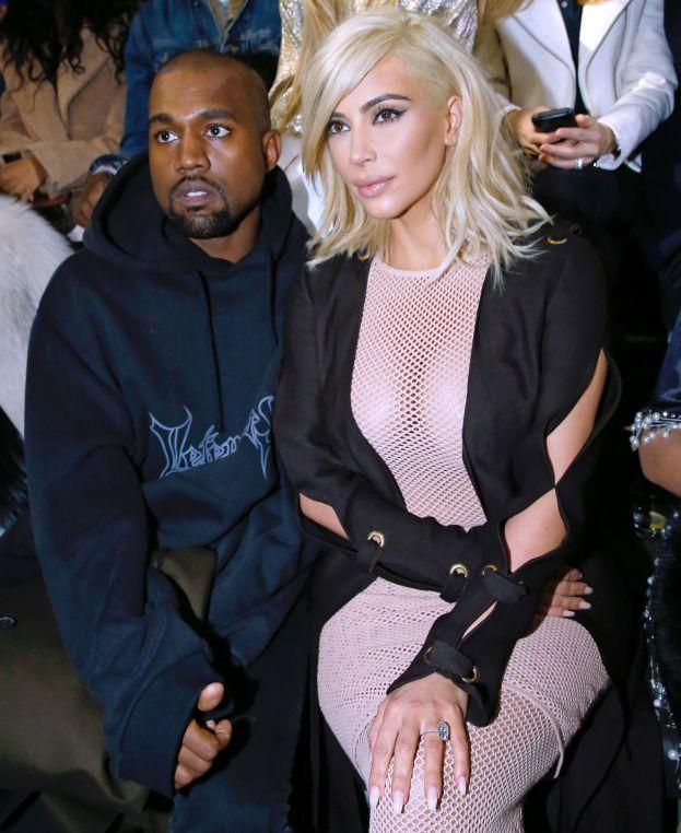 """Kanye West ha detto: """"Penso che io e Kim abbiamo concepito North in mezzo ai capolavori del Rinascimento"""" durante una gita in incognito a Firenze. Il senso non è chiaro: è successo in hotel, o infrattati sulle rive dell'Arno?"""