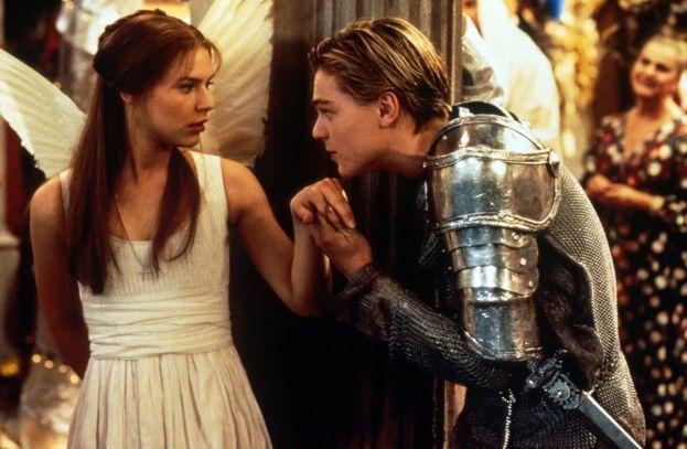 """Claire Danes - Con la bionda attrice Leo ha avuto una love story durata un anno, tra il 1995 e il 1996. Galeotto fu il film """"Romeo + Giulietta""""."""