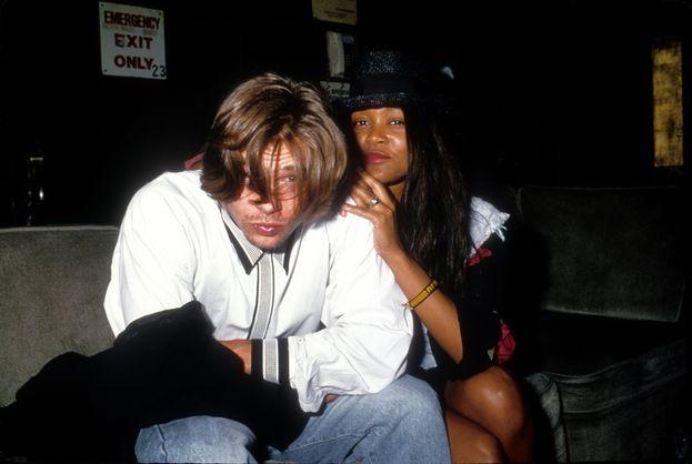 """Robin Givens. La prima storia """"ufficiale"""". Brad e l'attrice-modella stanno insieme circa un anno fra il 1986 e il 1987. Lei nel frattempo ha conosciuto Mike Tyson, che avrebbe poi sposato all'inizio del 1988. Dubbio: se Robin frequentava Tyson già prima del matrimonio, Brad ha più coraggio di quanto pensassimo."""