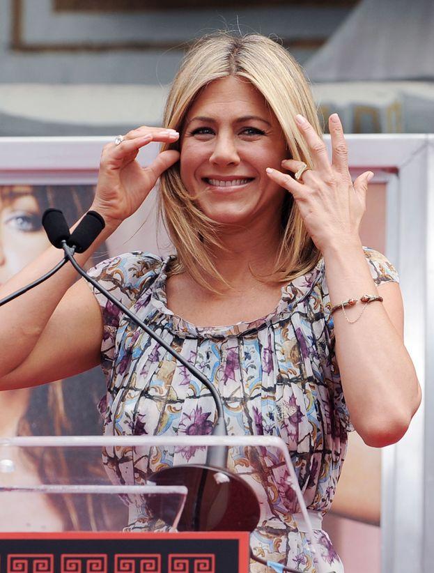 Uno penserebbe gli occhi, i capelli... E invece Jennifer Aniston adora le sue mani lunghe.