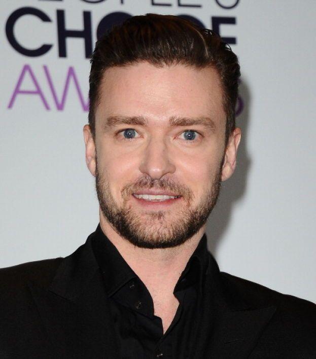 """Justin Timberlake - Dopo l'approvazione dei matrimonio fra coppie dello stesso sesso a New York, Justin ha detto: """"Sono entusiasta che sia successo. Siamo tutti persone differenti, e dovremmo usare le nostre differenze per avvicinarci gli uni agli altri. È una grande vittoria per l'uguaglianza""""."""