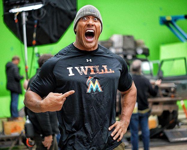 8. Dwayne 'The Rock' Johnson – 72 milioni di follower. Chiude il 2016 come attore più pagato del mondo e star di Hollywood più seguita su Instagram. Non male!