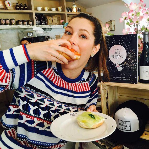 Jessica Biel - Non solo prepara piatti deliziosi per il suo Justin, ma ha anche aperto un ristorante, Au Fudge, dedicato alla cucina organica per bambini.