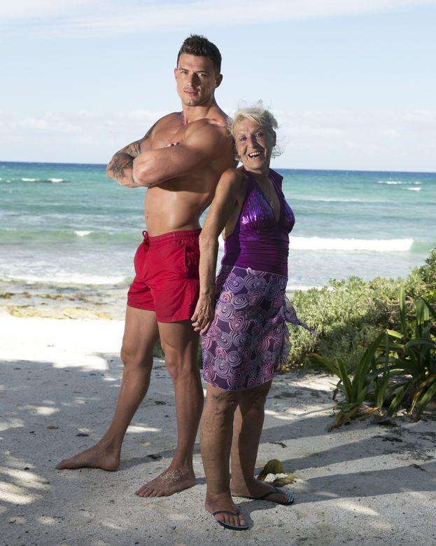 Aaron e sua nonna Christine