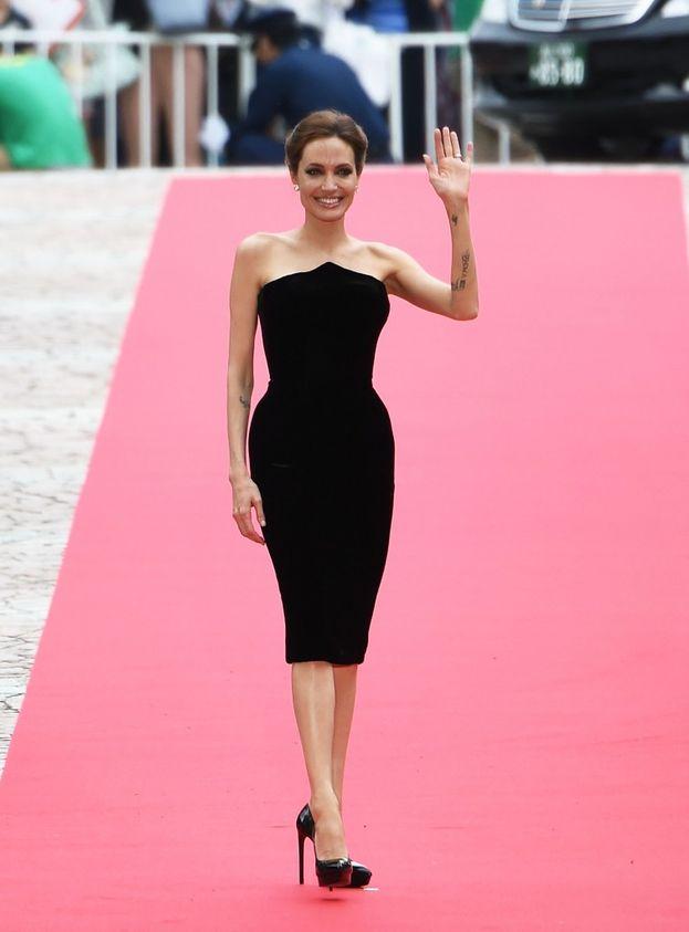"""Tempo fa Angelina Jolie ha ammesso che non fa nessun esercizio: """"Sono sempre stata un tipo snello"""". Tutto merito di mamma natura, insomma."""