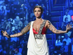 MTV EMA: indovina la star dal suo tatuaggio