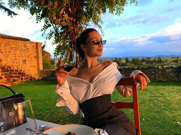 Bella Hadid... in Toscana!