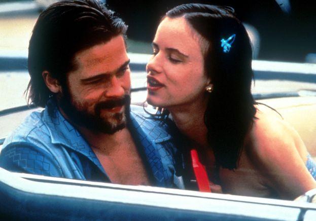 """Juliette Lewis. Qui le cose iniziano a farsi serie: Brad e Juliette si incontrano sul set di """"Sentenza finale"""" e stanno insieme dal 1989 al 1993. Quando inizia la storia lui ha 27 anni, lei 17..."""