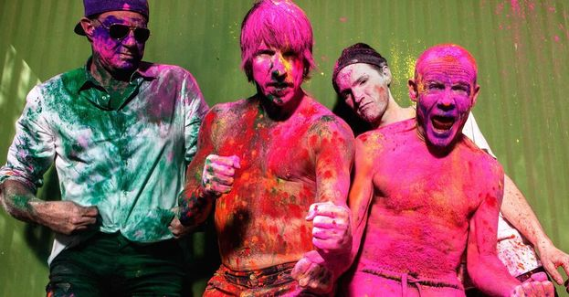 """Red Hot Chili Peppers: 8. Spiccano """"Californication"""" nel 2000 e """"Give It Away"""" nel 1992, entrambi con due Moonman."""