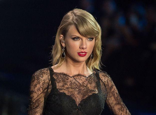 "Taylor Swift: 6 nomination. Best Artist, Best Look, Best Pop, Best Video (""Look What You Made Me Do""), Biggest Fan, Best US Act"