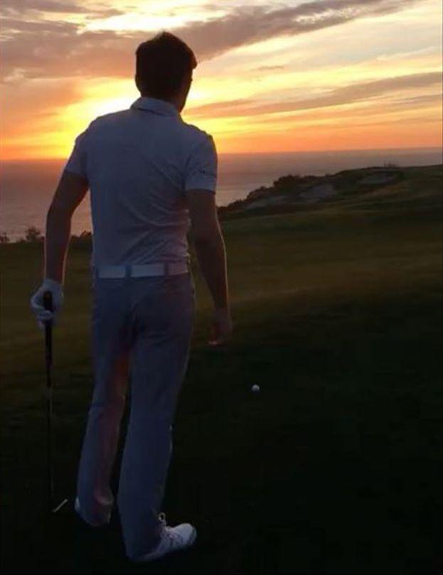 Il giocatore di golf è...