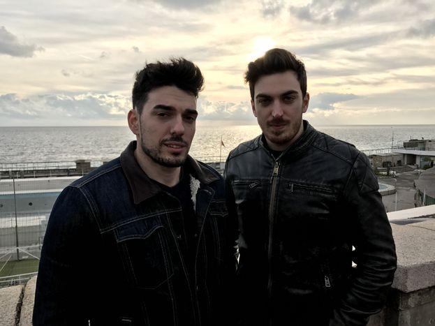 """Romantici theShow sul lungomare, pronti """"prankare"""" tutta Genova!"""