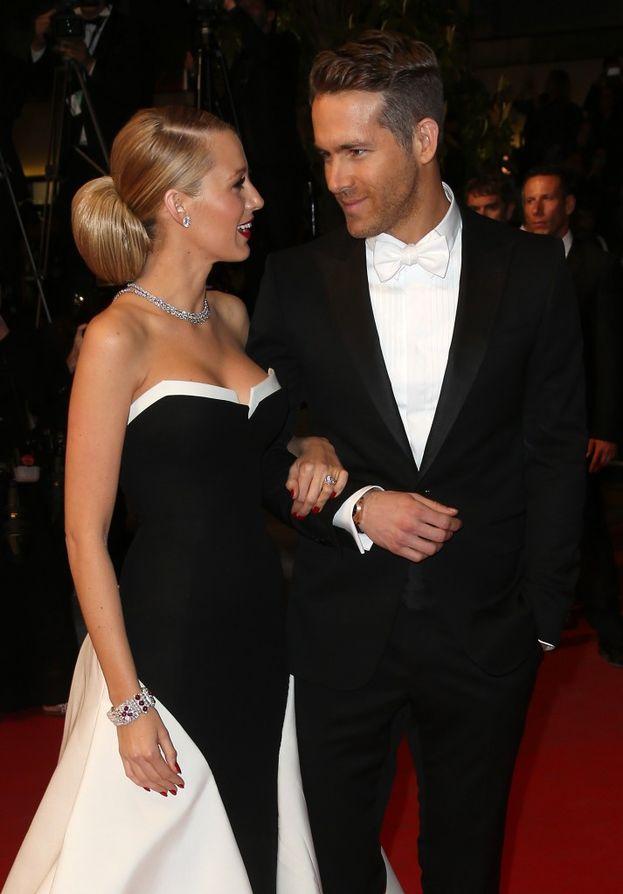 """Blake Lively e Ryan Reynolds - Galeotto fu il set di """"Lanterna verde"""", nel 2010. Peccato che fossero entrambi impegnati (Ryan era sposato con Scarlett Johansson)... Il tempo di liberarsi, e nel 2012 erano marito e moglie."""