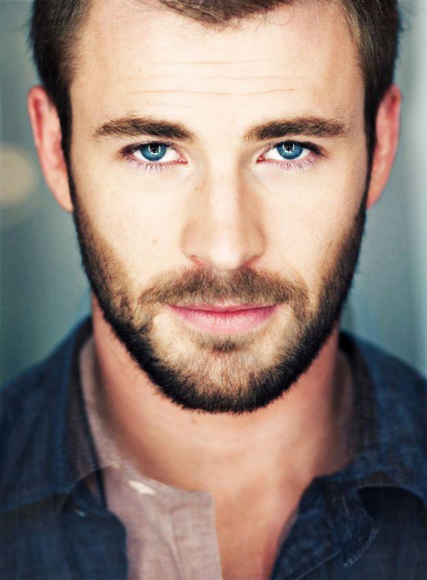 Chris Hemsworth + Chris Evans