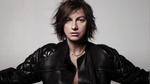 Gianna Nannini – La cantante ha una passione per la filosofia: si è laureata a pieni voti proprio in questa disciplina presso l'Università di Siena.