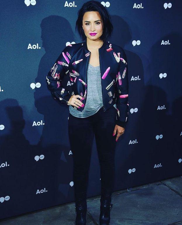 Demi Lovato – Nel 2016 anche lei è stata premiata con il Vanguard Award per il suo costante sostegno alle cause gay.