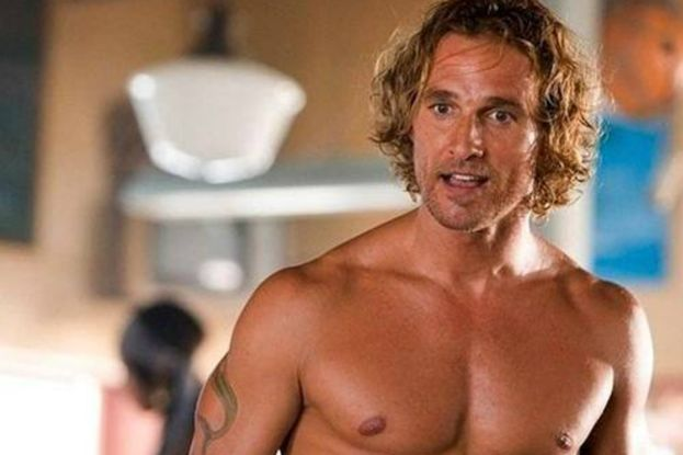 "Matthew McConaughey nel 2008 in ""Surfer, Dude"""