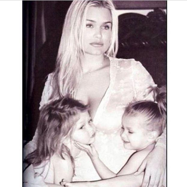 Da chi hanno preso Bella e Gigi Hadid? Guardate un po' che roba mamma Yolanda...